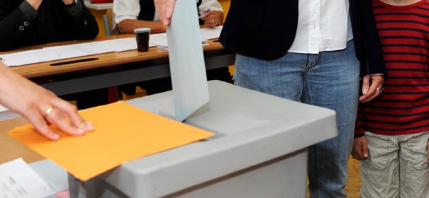 """""""Muslime geht wählen!"""""""
